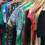 女性の服の平均の枚数って何枚なの?多すぎる服は処分するべき?